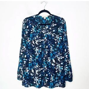 Sejour Blue and White Floral Button Up Blouse